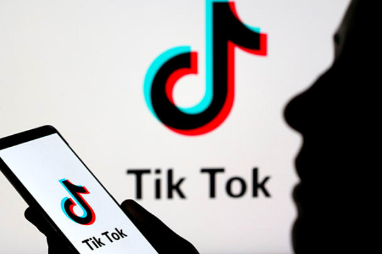 L'application TikTok risque d'être interdite en Inde alors que la guerre entre Youtube et Tiktok s'intensifie.